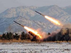 """Tên lửa tầm ngắn Triều Tiên đủ sức  """" cày nát """"  Seoul"""