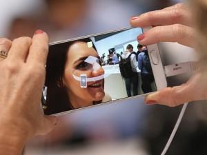 Thời trang Hi-tech - Galaxy Note 6 màn hình 5,8 inch, RAM 6GB và camera sau 12 MP