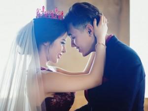 Bạn trẻ - Cuộc sống - Ảnh cưới lãng mạn của cặp đôi yêu nhau từ thuở 14