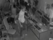 An ninh Xã hội - Camera ghi cảnh truy sát kinh hoàng trong quán net