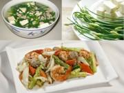 Ẩm thực - Bữa trưa giản dị với măng tây xào tôm, canh hẹ đậu phụ