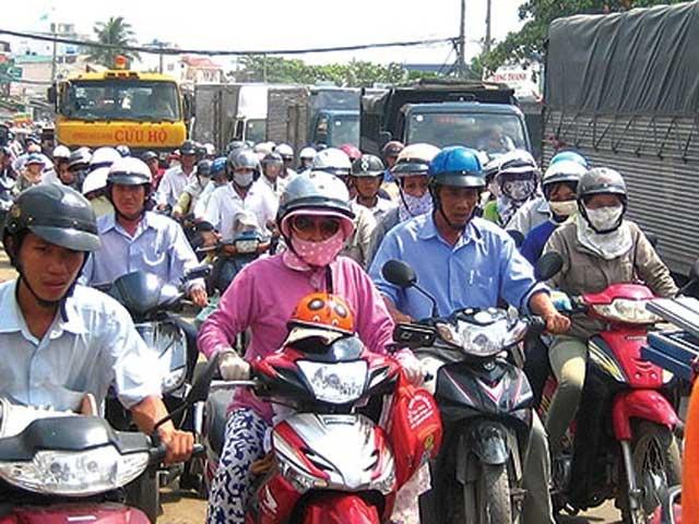 Tranh luận gay gắt về hạn chế xe cá nhân tại TP.HCM