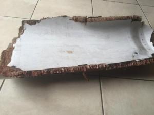 Mảnh vỡ ở Mozambique cùng loại với MH370