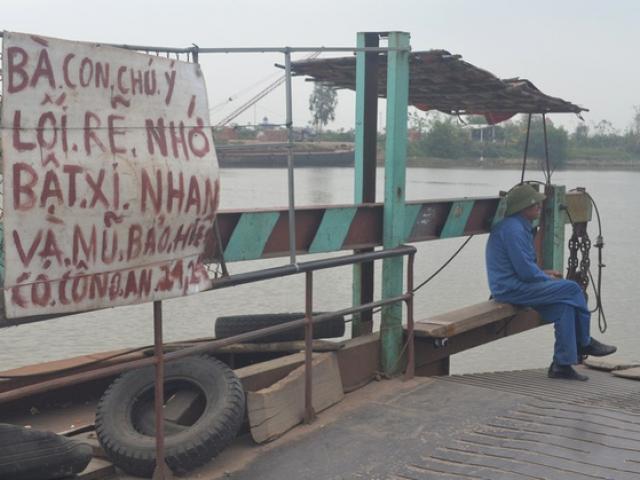 """Tấm bảng """"cấm nằm trên cát"""" ở biển Phú Quốc khiến du khách bức xúc - 2"""