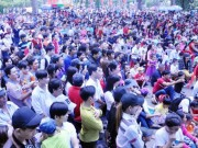 Ngày đầu năm, nhiều điểm vui chơi ở Sài Gòn quá tải