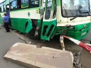 Ngày đầu năm, 33 người tử vong vì tai nạn giao thông
