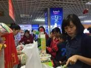 Thị trường - Tiêu dùng - Chợ vắng, TTTM nô nức khách mua sắm