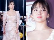Phim - Song Hye Kyo đẹp như nữ thần trên thảm đỏ