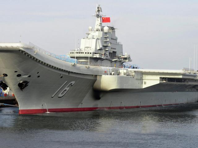 Lần hiếm hoi thế giới được nhìn thấy tàu sân bay TQ - 5