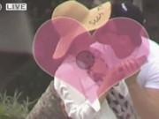Phim - Lý Băng Băng ôm hôn tình trẻ kém chục tuổi