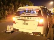 An ninh Xã hội - Bị cướp đâm, tài xế taxi vùng chạy thoát