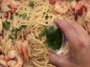 Cách làm spaghetti tôm nướng ngon không cưỡng nổi