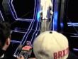 Cười té ghế với hậu trường cảnh quay MV của trai đẹp Hàn