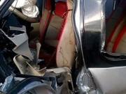 Xe khách đấu đầu xe tải, bé trai 9 tuổi tử vong