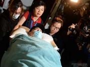 Phim - Lưu Đức Hoa vẫn nằm bất động sau tai nạn trên phim trường