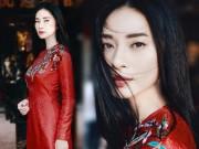 '  ' Đả nữ '  '  Ngô Thanh Vân e ấp bất ngờ với áo dài đỏ thắm