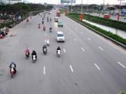 Người dân trở lại Sài Gòn bon bon trên đường phố thông thoáng