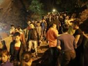 Tin tức trong ngày - Lo tắc đường, ngàn người đi chùa Hương lúc nửa đêm