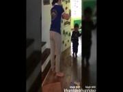 Cô giáo khai lý do cầm dép đánh học sinh mầm non