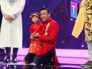 """MC nhí 4 tuổi khiến Trấn Thành  """" bấn loạn """""""