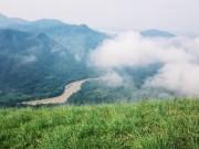 Vượt lối mòn check-in đỉnh Phiêng Mường