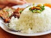 Ẩm thực - Những sai lầm chết người khi ăn cơm nhiều người mắc phải