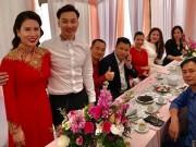 MC Thành Trung rạng rỡ trong lễ ăn hỏi với cô dâu 9x