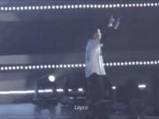 Không chỉ sao Việt, EXO xứ Hàn cũng bị fan ném chai