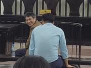 Giang Kim Đạt cười tươi nhìn người thân trước khi bị tuyên án tử