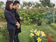 """Tùng Dương hát mộc  """" Hoa ban trắng """"  bên mộ Trần Lập"""