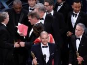 Oscar 2017 gây sốc khi công bố nhầm giải quan trọng nhất