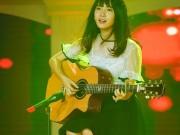 """Jang Mi hát nhạc Trịnh  """" đốn tim """"  hàng triệu khán giả truyền hình"""