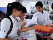 Cử nhân không viết nổi cái đơn: Sinh viên  ' phản pháo '