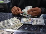 Giá USD tăng vọt sáng nay, tiến đến sát trần