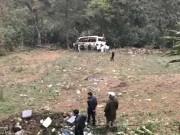 Tin tức trong ngày - Xe khách lao xuống vực ở Sapa: 10 người rất nặng phải chuyển về HN