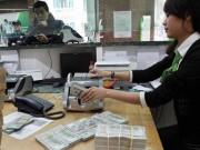 Đã đến lúc nâng lãi suất tiền gửi USD?