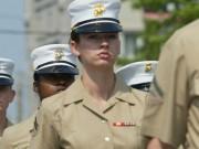"""Thế giới - Lính Mỹ tung ảnh """"nóng"""" nữ quân nhân, thách thức điều tra"""