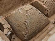 Tìm ra mộ cổ trăm năm hình kim tự tháp Ai Cập ở TQ