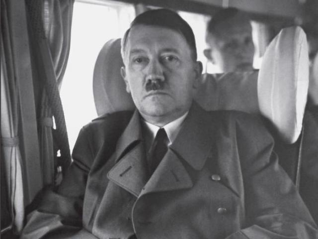 Cận vệ kể giây phút cùng quẫn và cái chết của Hitler