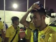Bóng đá - Côn đồ Futsal: Cầu thủ chém nhau, HLV chửi trọng tài