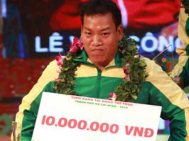 Chấn động: Huyền thoại Lê Văn Công đả bại nhà vô địch, lập kỷ lục thế giới 4