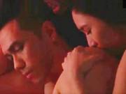 """"""" Người phán xử """"  gây xôn xao với màn ân ái của bạn gái Quang Lê"""