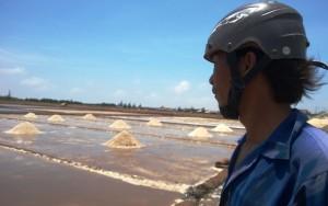 Thị trường - Tiêu dùng - Giá 30kg muối chưa bằng một tô phở