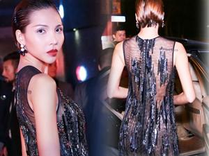 Người mẫu - Hoa hậu - Minh Triệu mặc xuyên thấu khoe hình xăm ở Thượng Hải