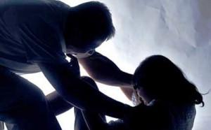 An ninh Xã hội - Dâm ô với con riêng của vợ, bị hàng xóm bắt quả tang
