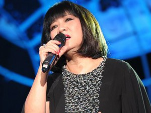 Cẩm Vân thổn thức hát nhớ Trịnh Công Sơn