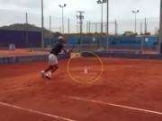 """Tennis 24/7: Nadal  """" luyện công """"  với chai nước"""