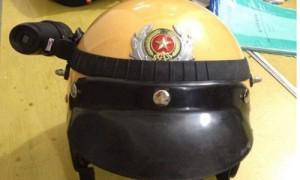 Tin tức Việt Nam - Đề xuất gắn camera lên mũ CSGT khi làm nhiệm vụ