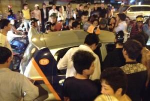 Tin tức trong ngày - Thực hư tài xế taxi hất nữ nạn nhân lên nắp capo ở HN