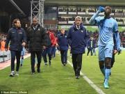 Bóng đá Ngoại hạng Anh - Man City rơi khỏi top 2: Sự cằn cỗi của đế chế già nua